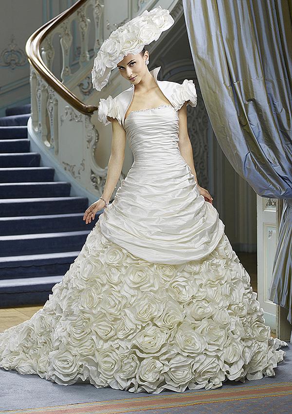 2010 Wedding Dresses By Ian Stuart 3,Non Traditional Wedding Dresses 2020
