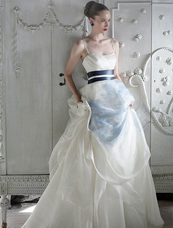 Western style wedding dresses 4 wedding inspiration trends for Western wedding bridesmaid dresses
