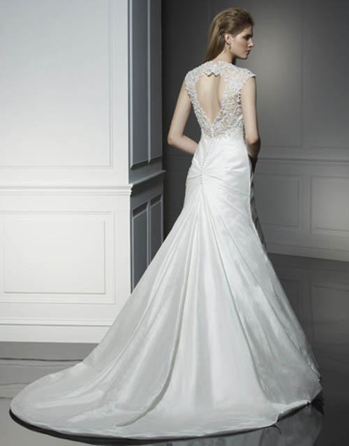 Beautiful Ivory Silk Wedding Dress 2