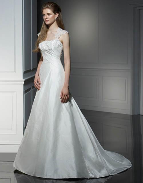 Beautiful Ivory Silk Wedding Dress 3 Wedding Inspiration