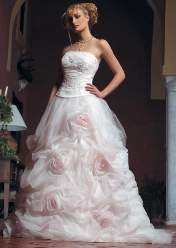Parisian Chic Wedding Dress : French style wedding dress inspiration trends