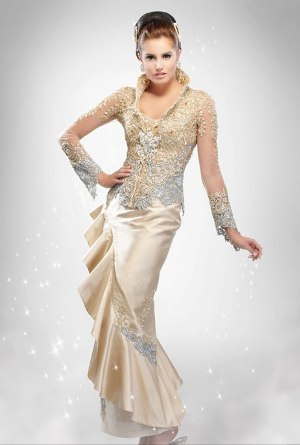 Bridesmaid Dress on Dress With Modern Kebaya Elegant Style As A Wedding Dress With Modern