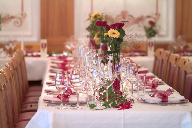 Modern wedding reception table decorations 4 wedding for Decoration de table