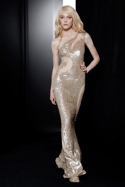 Beautiful Dazzling Silhouettes Dresses on Zuhair Murad Collection 5
