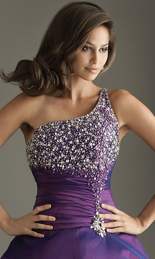 Easy Hairstyles For One Shoulder Dresses Hairstyles By Unixcode