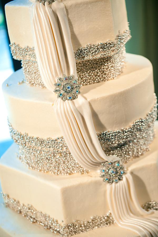 Fabulous Modern Wedding Cakes 600 x 902 · 330 kB · jpeg
