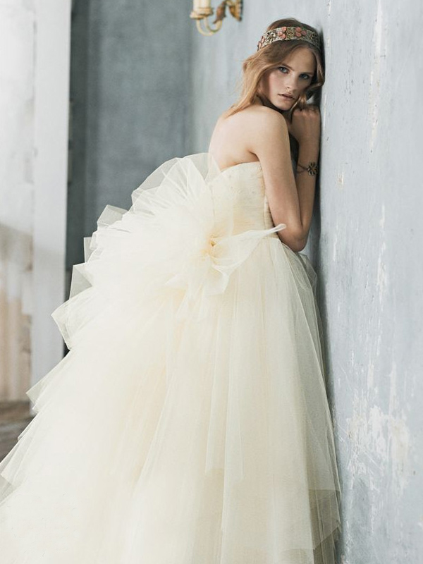 Romantic Style Wedding Dresses from Behold Jill Stuart4 | Wedding ...