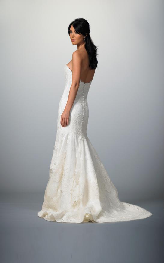 European wedding dresses wedding dresses in redlands for Wedding dresses in europe
