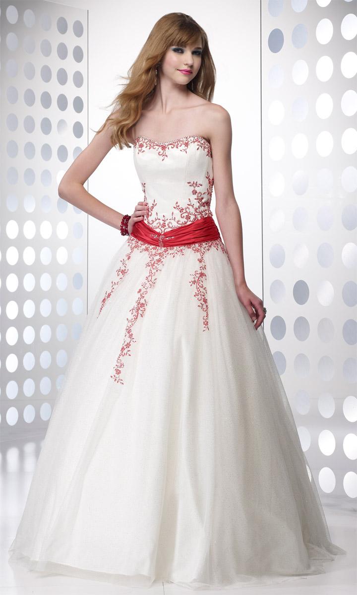Be Beautiful Woman With Beautiful Dress Wedding