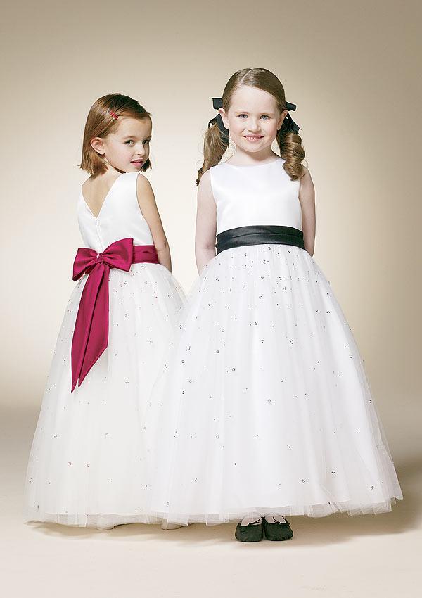 Flower Girls Dress 4 Wedding Inspiration Trends