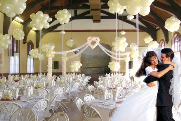 Incredible Wedding Reception Decorations with Balloons 600 x 400 · 74 kB · jpeg