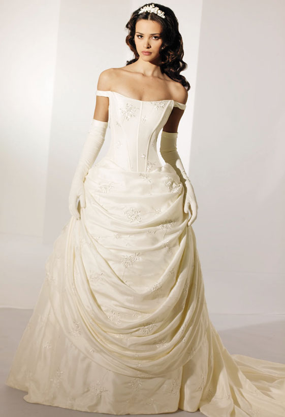 Old style wedding dresses2