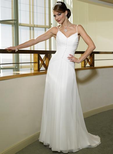 Simple wedding dress 4 | Wedding Inspiration Trends