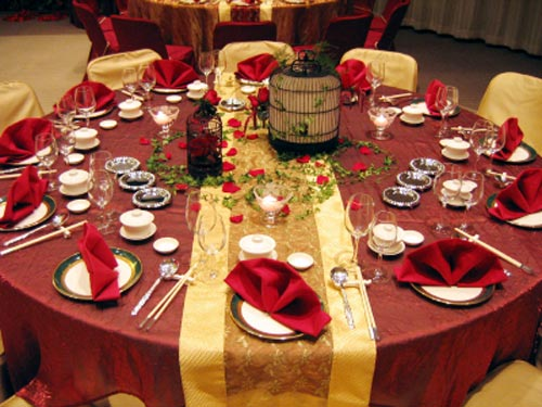 Fall wedding decoration ideas wedding inspiration trends for Where can i find wedding decorations