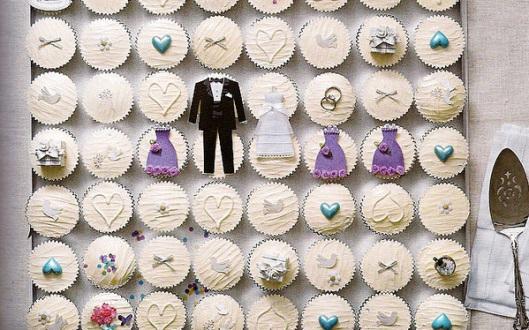 bride and groom design wedding cupcakes
