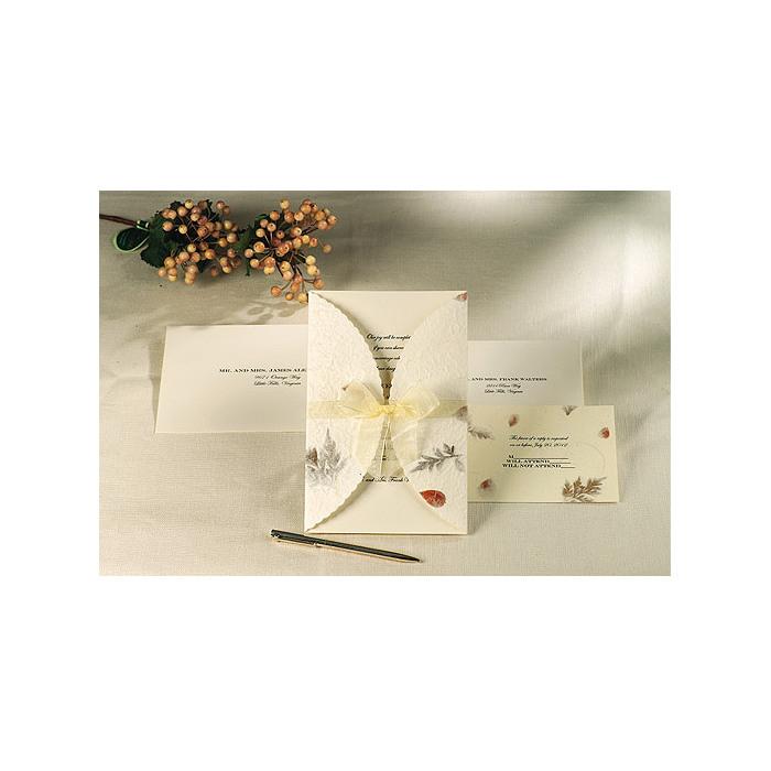 creative wedding ideas diy wedding invitation pressed floral
