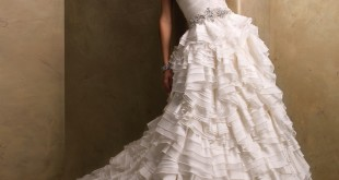 Corseted Bodices Wedding Dress, top 10 wedding dress in 2013