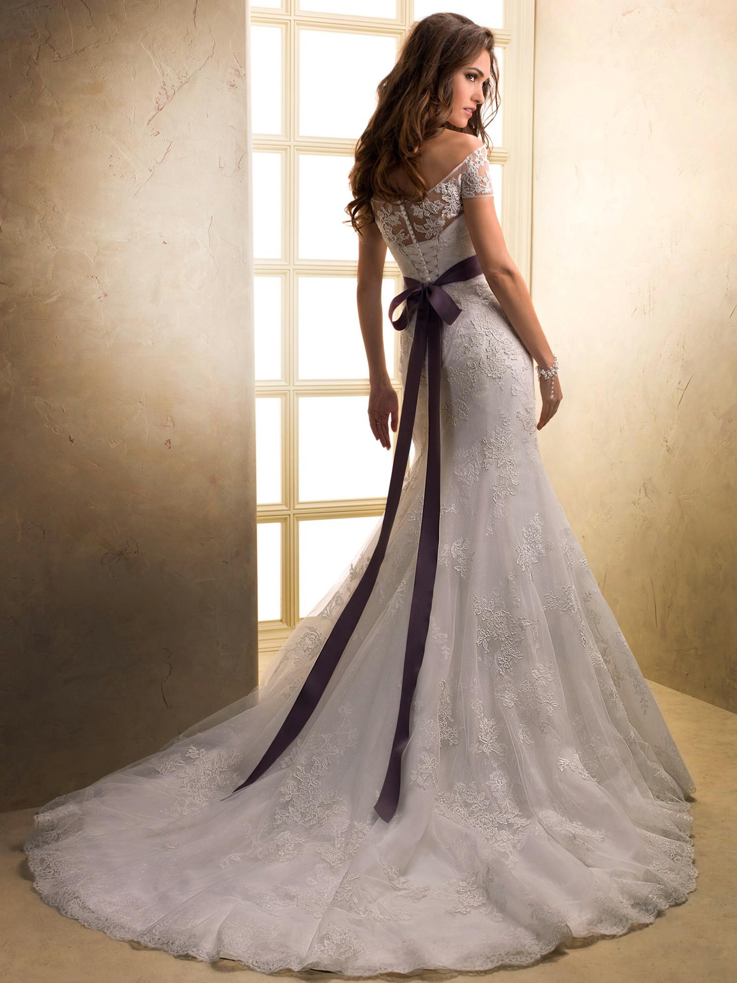 Top 10 2013 wedding dress style off shoulder 2 wedding for Wedding dress pictures 2013