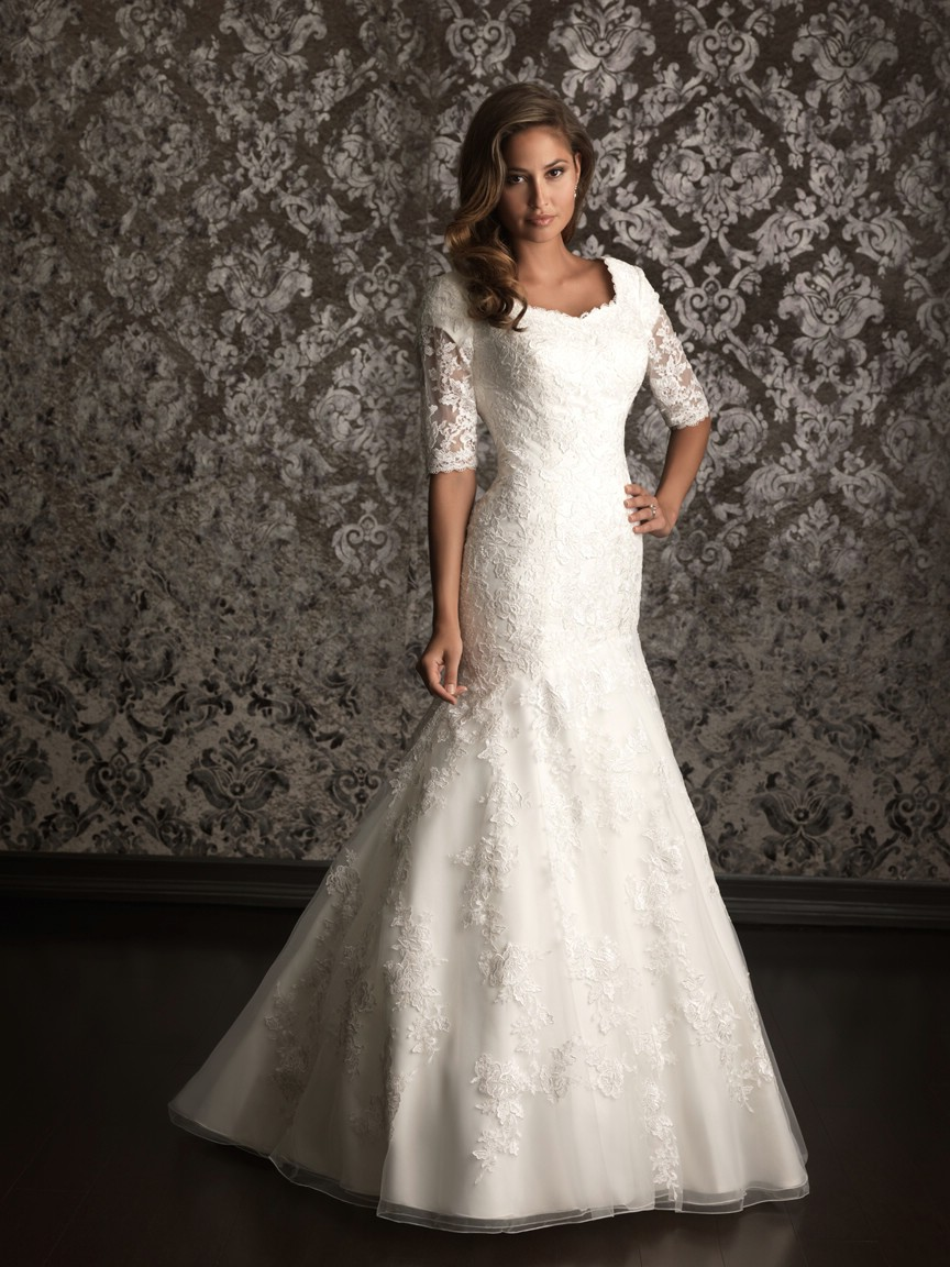 Top 10 2013 wedding dress style sleeves 3 wedding for Best wedding dresses with sleeves