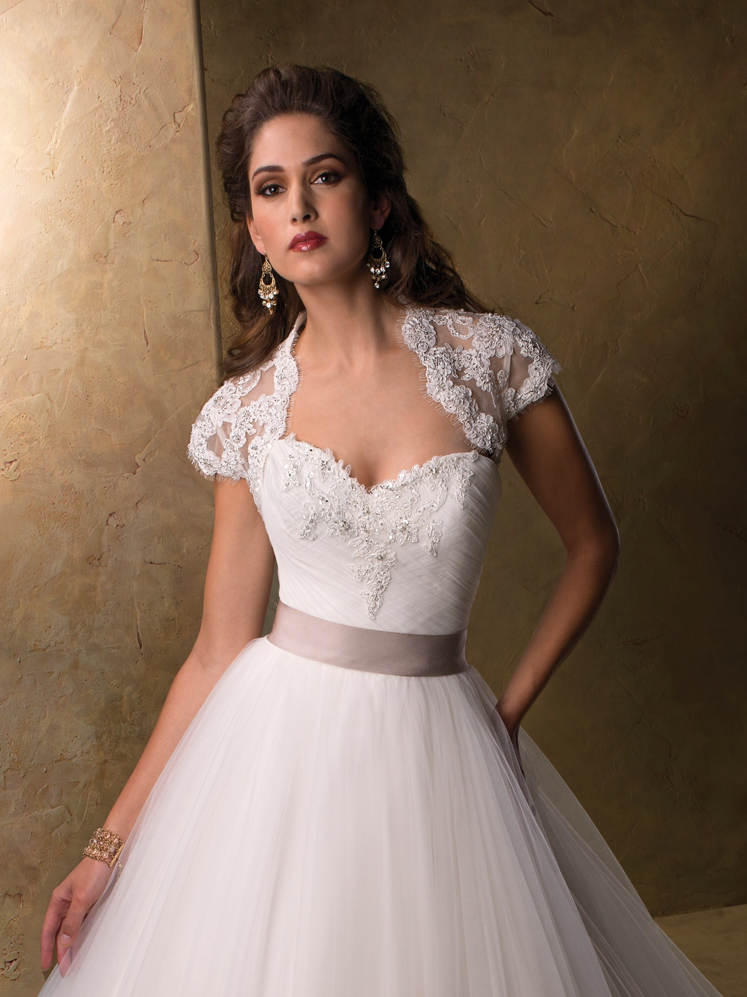 Top 10 2013 Wedding Dress style illusion neckline 4