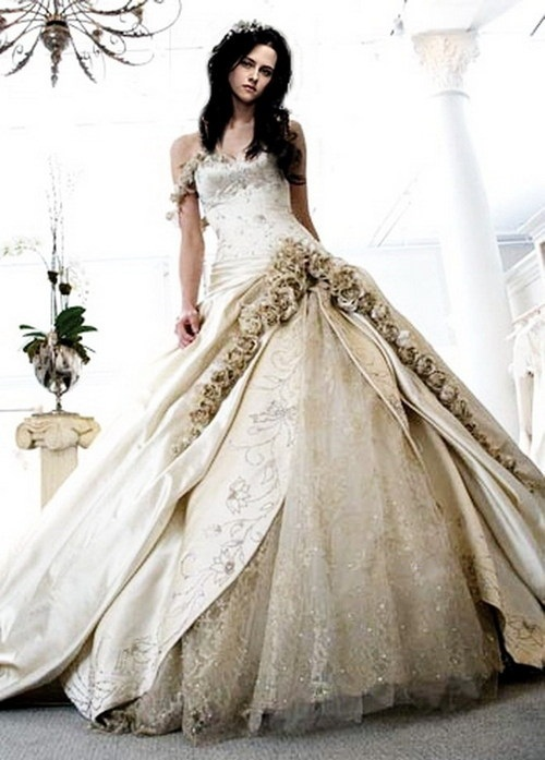 Top wedding dress designers 2013 wedding inspiration trends for Top wedding dress designs