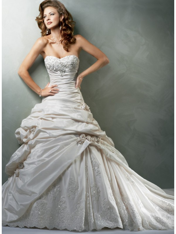 Best wedding dress photos wedding inspiration trends for How to find a wedding dress