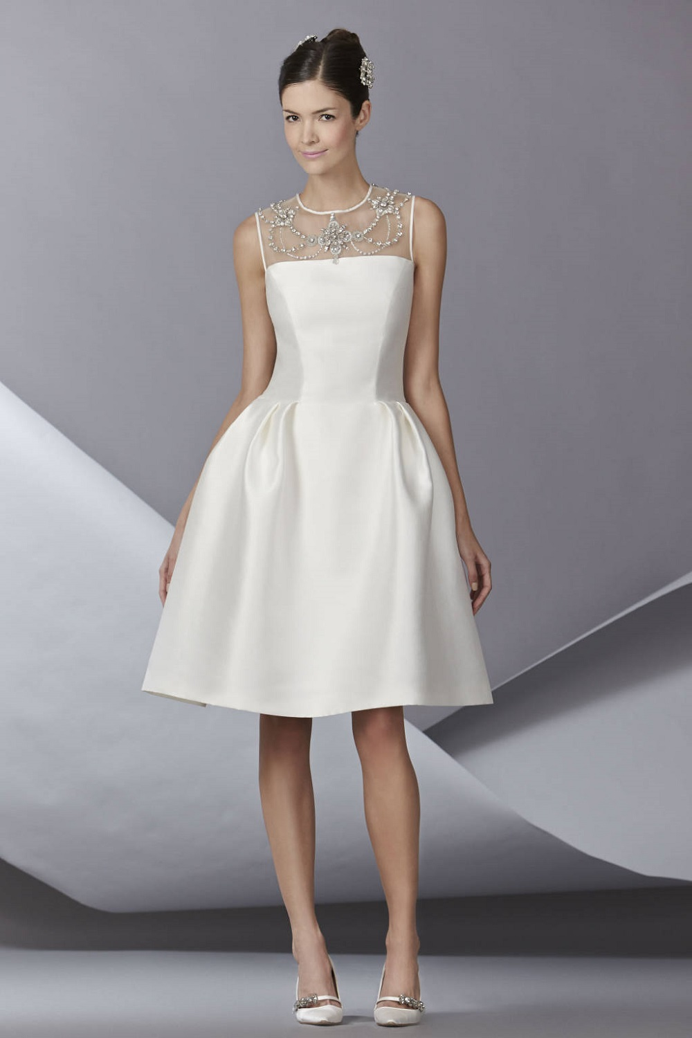 Top 8 Wedding Dress Brands : Top wedding dress designers inspiration trends